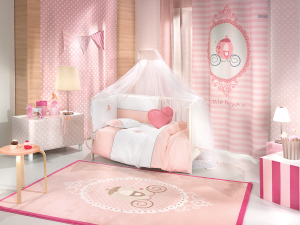 Saint clair paris Pink rug with a carriage